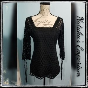 {Anthropologie} Solitaire Black Embroidered Tunic